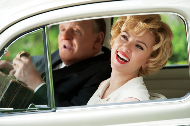 Janet Leigh (Scarlett Johansson) is in the driving seat, but Alfred Hitchcock (Anthony Hopkins) steers the show