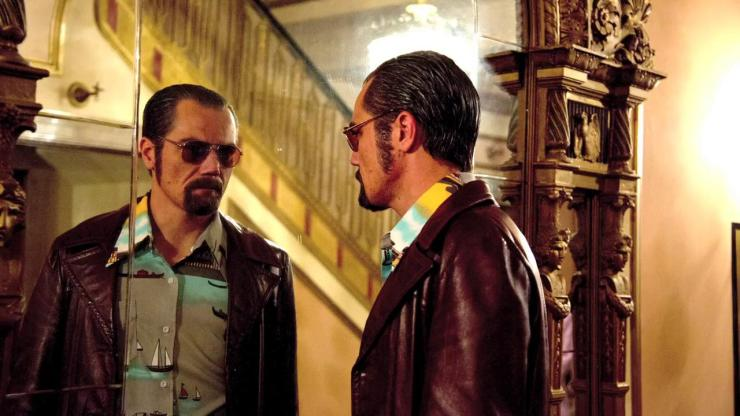 Iceman Richard Kuklinski (Michael Shannon) and his steely reflection