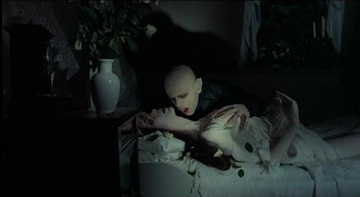 Count Dracula (Klaus Kinski) moves in on Lucy Harker (Isabelle Adjani)