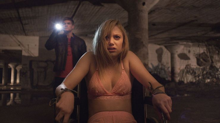 46 It Follows
