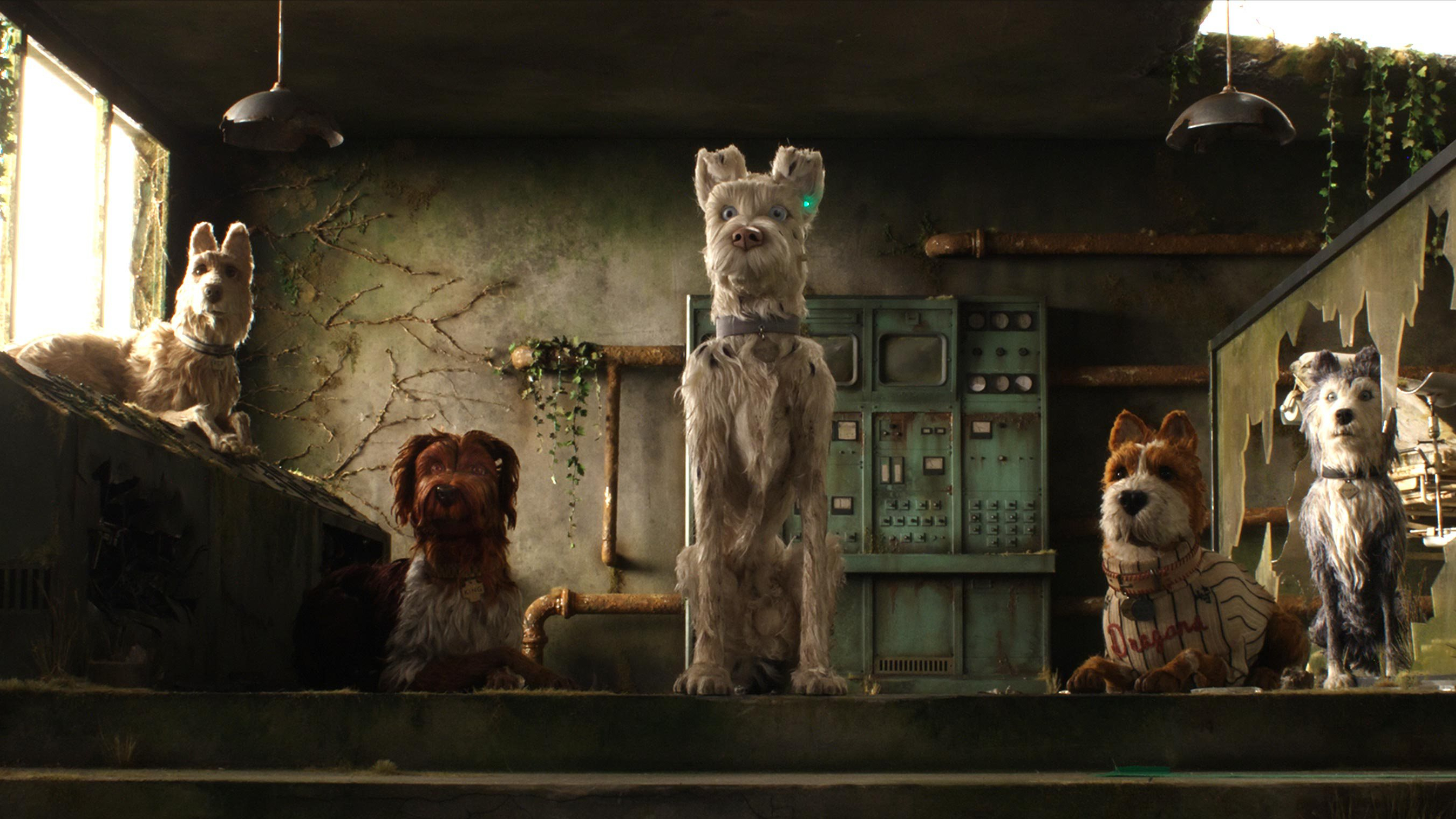 Review Isle Of Dogs The Lost Highway Hotel